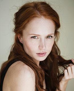 Samantha J - Featured